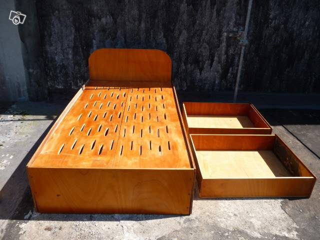 forum altitudes sujet vends lit tr s grande taille 1 1 altitudes. Black Bedroom Furniture Sets. Home Design Ideas